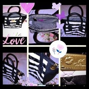 💋BETSEY JOHNSON HANGBAG💋